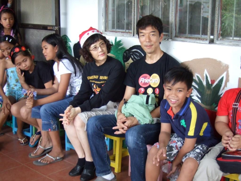 2014 12-20 Sicat Children X-mas Party #4 (Large)